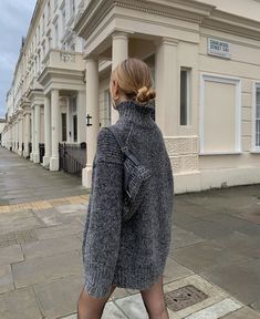 December 28 2019 at fashion-inspo Casual Street Style, Casual Chic, Fall Winter Outfits, Autumn Winter Fashion, London Outfit, Clothes 2019, Summer Dress Outfits, Pretty Outfits, Beautiful Outfits