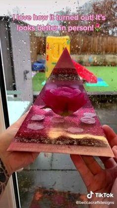 Epoxy Resin Art, Diy Resin Art, Diy Resin Crafts, Diy Crafts Hacks, Diy Home Crafts, Diy Arts And Crafts, Fun Crafts, Paper Crafts, Diy Resin Projects