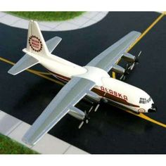 About Daron Worldwide Trading Daron Worldwide Trading is the largest source of aviation collectibles. Their product ranges from jets to prop planes,. C 130, Alaska, Airplane Toys, Major Airlines, Model Airplanes, Jets, Gemini, Diecast, Aircraft