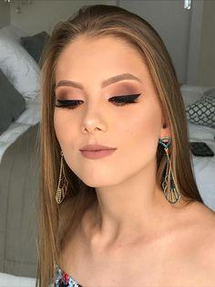 Curso de Maquiagem Andréia Venturini - Curso Maquiagem na Web, , Prom Makeup, Bridal Makeup, Wedding Makeup, Eye Makeup, Hair Makeup, Makeup Inspo, Makeup Inspiration, Makeup Tips, Makeup Ideas