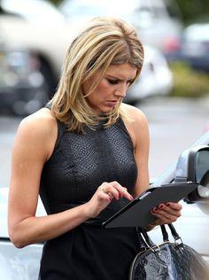 Jennifer Aniston See Through Tight Blue Dress, Charissa Thompson, News Anchor, Tv Presenters, Great Hair, Jennifer Aniston, Hair Makeup, Celebrities, Sexy