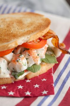 Paula Deen Lobster Club Sandwich, I love Sandwiches. Fish Recipes, Seafood Recipes, Great Recipes, Cooking Recipes, Favorite Recipes, Cooking Tips, Cookbook Recipes, Amazing Recipes, Delicious Recipes