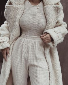 Cozy Fashion, Winter Fashion Outfits, Fall Winter Outfits, Cute Comfy Outfits, Classy Outfits, Stylish Outfits, Mode Geek, Elegantes Outfit, Lounge Wear