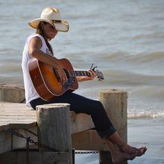Reunion Blues Artist Terri Clark!  http://www.reunionblues.com/Terri_Clark.asp
