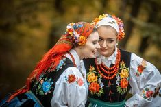 Folk Costume, Costumes, Polish Embroidery, Scandinavian Folk Art, Traditional Dresses, Creative Photography, Poland, Feminine, Style Inspiration