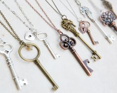 10 x Tibetan Large Enchanted Alloy Key pendants// charms