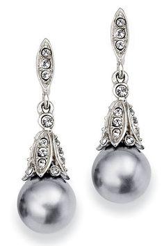 Wedding Colors Silver - Silver Wedding Colors | Wedding Planning, Ideas & Etiquette | Bridal Guide Magazine
