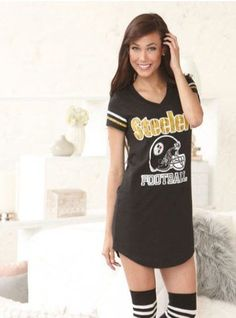 Pittsburgh Steelers Womens Nightshirt in a Can (Bank) Size Med(10/12)  $16