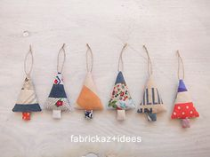 handmade*zakka | fabrickaz+idees {perfectly simple for the ornaments an elf puts on the tree}