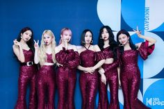 Kpop Girl Groups, Korean Girl Groups, Kpop Girls, Stage Outfits, Kpop Outfits, Bridesmaid Dresses, Prom Dresses, Formal Dresses, Wedding Dresses