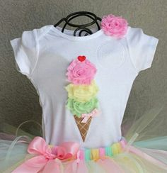 Handmade bodysuits and shirts from happy Bubkin! Offer includes: * ice cream BUTTERMINT-individual birthday ice cream cone body or shirt only! Our bodysuits / shirts are ideal for photo shoots, wed Ice Cream Theme, Ice Cream Party, Birthday Outfit, Girl Birthday, Ice Cream Social, Summer Birthday, Birthday Shirts, Girl Outfits, Fashion Outfits