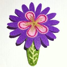 Handmade Felt Hair Clip – Flower with leaf – HCF03, pink and purple colour, suitable to pair with pink and purple colour clothes