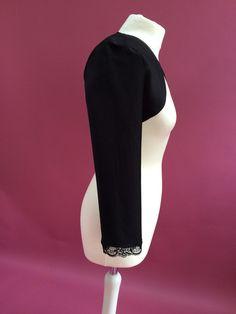 Entdecke lässige und festliche Kleider: Schöner Bolero zum Petticoat-Kleid langarm made by Rockabillymode 50er Jahre Petticoatkleider Brautkleider via DaWanda.com