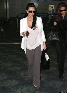 kim kardashian maternity style- so chic and comfy! Love her. Moms rock