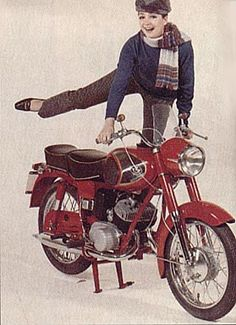 P20 European Motorcycles, Cars And Motorcycles, Vespa Motorcycle, Illustrations And Posters, Bobber, Motorbikes, Vintage Ladies, Scooters, Vehicles