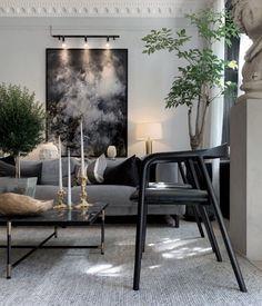 @Mathiasberglundda Black Marble, Flat Screen, Dining Table, Instagram, Design, Dinning Table, Flatscreen, Dining Rooms, Design Comics