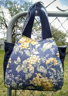 Judith Stitches and More: Loretta Tassel Bag by Delinda Boutique