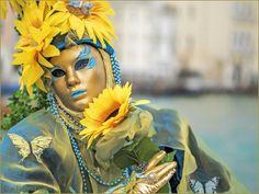 Masque jaune avec un tournesol 🌻