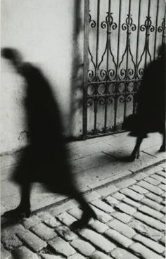 Sergueï Yurkévitch, Shadow, Leningrad, 1981 (am loving blurry photography right now.mainly cause i shake and am adjusting to new camera settings i'm sure! Otto Steinert, Shadow Photography, Street Photography, Art Photography, Photo D Art, Photo B, Black White Photos, Black And White Photography, Shadow People
