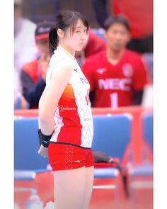 Female Volleyball Players, Women Volleyball, Cute Girls, Asian Girl, Sporty, Japan, Boombox, Athletes, Women's