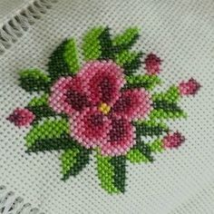 Dilek Saltuk Çetin's media content and analytics Crewel Embroidery, Hand Embroidery Designs, Embroidery Kits, Cross Stitch Embroidery, Modern Cross Stitch, Cross Stitch Designs, Cross Stitch Patterns, Needlepoint Designs, Needlepoint Kits
