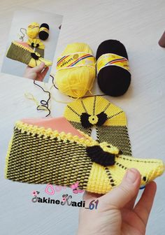 Crochet Instructions, Sunglasses Case, Socks, Exercise, Knitting, Slippers, Tejidos, Accessories, Slipper