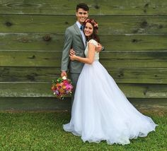"""""""Duck Dynasty"""" star Alan Robertson advised newlyweds John Luke and Mary Kate Robertson to """"have the same mindset as Jesus"""" in their relationship just days before their June 26 wedding and their subsequent Australian honeymoon this week. John Luke Robertson, Mary Kate Robertson, Robertson Family, Wedding Pics, Wedding Bells, Dream Wedding, Wedding Day, Lace Wedding, Budget Wedding"""