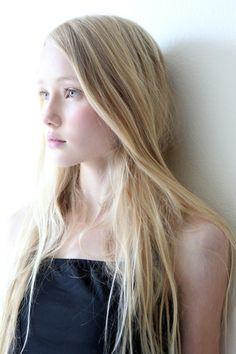 Britt Robertson flawless face