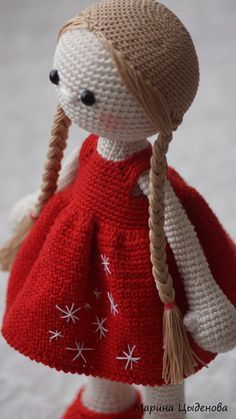 I wanted to share how I make the hair for my amigurumi. I always wished that someone had shared this information when I was first getting started, and I searched high and low for a couple of months… – BuzzTMZ Crochet Doll Pattern, Crochet Patterns Amigurumi, Amigurumi Doll, Crochet Stitches, Knitting Patterns, Crochet Doll Clothes, Knitted Dolls, Crochet Dolls, Knit Crochet
