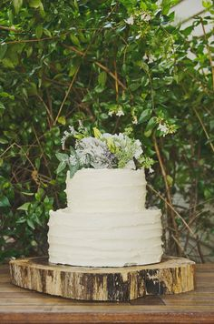 aw man this cake & stand look amazing | Lauren and Michael's Tasmanian Farm Wedding
