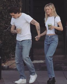 Warm Outfits, Cute Outfits, Celebrity Couples, Celebrity Style, Style Victoria Beckham, Nicola Peltz, Brooklyn Beckham, V Cute, Cute Couples Goals