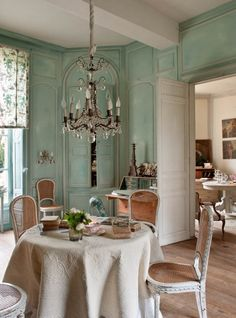Private Mansions, Manors & Gardens, French decoration