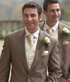 Gold theme wedding..I like the tie and the accessories!