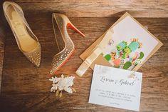 ♥ Larissa Nakagawa   Tulle - Acessórios para noivas e festa. Arranjos…