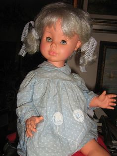 RARA LUISELLA FURGA DEL 1964 IN VINILE ABBIGLIAMENTO E ACCESSORI ORIGINALI FURGA in Giocattoli e modellismo, Bambole e accessori, Bambolotti e accessori   eBay