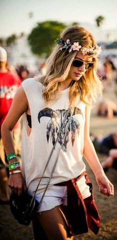 Lily The Wandering Gypsy: What To Wear To A Music Festival - OUTFIT INSPIRATIONS