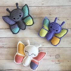 Mesmerizing Crochet an Amigurumi Rabbit Ideas. Lovely Crochet an Amigurumi Rabbit Ideas. Crochet Butterfly Pattern, Crochet Patterns Amigurumi, Amigurumi Doll, Crochet Yarn, Crochet Toys, Free Crochet, Knitting Patterns, Easter Crochet, Crochet Daisy