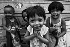 Little kids in Tondo #Manila #Philippines #portrait #faces #children #photography