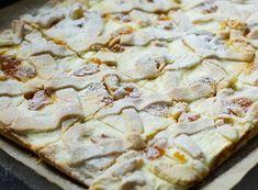 Unkarilainen rahkakakku, Túrós-barackos-rácsos pite - Sweet Food O´Mine Minion, Bread, Baking, Desserts, Food, Tailgate Desserts, Deserts, Brot, Bakken
