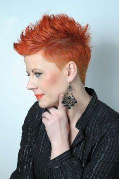 Die schönsten Fauxhawk-Frisuren! Für Frauen mit MUT!