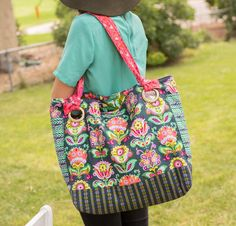 Garden on the Go Tote Kit featuring Amy Butler Fabrics -