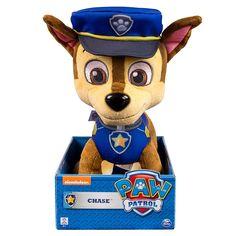 Patrulla Canina - Chase - Peluche 25 cm, un peluche de Chase de 25 cm, de colores vivos, y uno de los personajes principales de la serie de TV, Patrulla Canina. Existen varios modelos. Se venden por separado. ¡Colecciónalos!