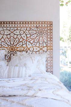 Handcarved Albaron Bed pinterest: simonewanscher