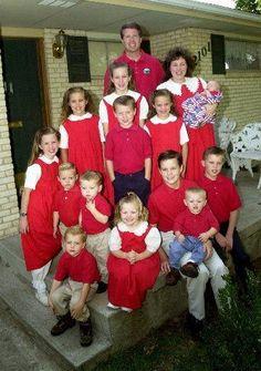 Duggar Family News: The Evangelical Experience - Hilde Mowat Duggar News, Duggar Family News, Celebrity Babies, Celebrity Couples, Familia Duggar, Duggar Pregnant, Duggar Girls, 21 Juni, Dugger Family