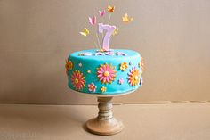 Födelsedagstårta birthdaycake cake tårta flowers blommor färgglad colorful summer sommar turkos ⭐sockerlinn.se⭐
