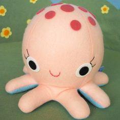 Freaking adorable little octopus!
