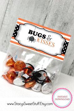 Halloween Snacks, Halloween Gift Baskets, Halloween Goodie Bags, Halloween Treats For Kids, Halloween Party Favors, Theme Halloween, Halloween Goodies, Holidays Halloween, Halloween Gifts