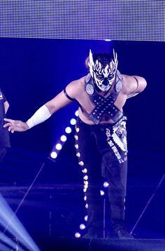 Japanese Wrestling, Japan Pro Wrestling, El Desperado, Pose Reference Photo, Poses, Concert, Street Fashion, Warriors, People