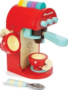 Le Toy Van Coffee machine `One size Coffee machine with milk frother, The capsules are easily stored at the top of the machine Details : 1 Expresso machine, 5 café capsules, 1 spoon, 2 Cup(s) Age : From 3 years old Fabrics : Wood 17.5  http://www.comparestoreprices.co.uk/january-2017-7/le-toy-van-coffee-machine-one-size.asp