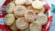 Karácsonyi hópehely keksz - Karácsonyi sütik Waffles, Food And Drink, Bread, Cookies, Breakfast, Advent, Party, Campaign, Content